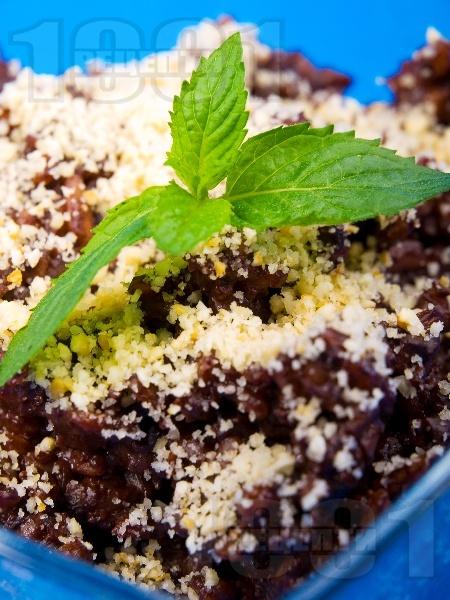 Шоколадово ризото (мляко с ориз и шоколад) с готварска сметана, орехи, канела и течен подсладител (без захар) - снимка на рецептата